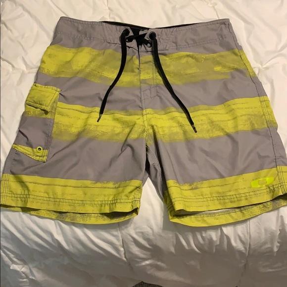 Oakley Other - Oakley board shorts size 34